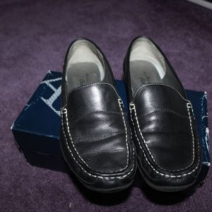 Black Anne Klein loafers